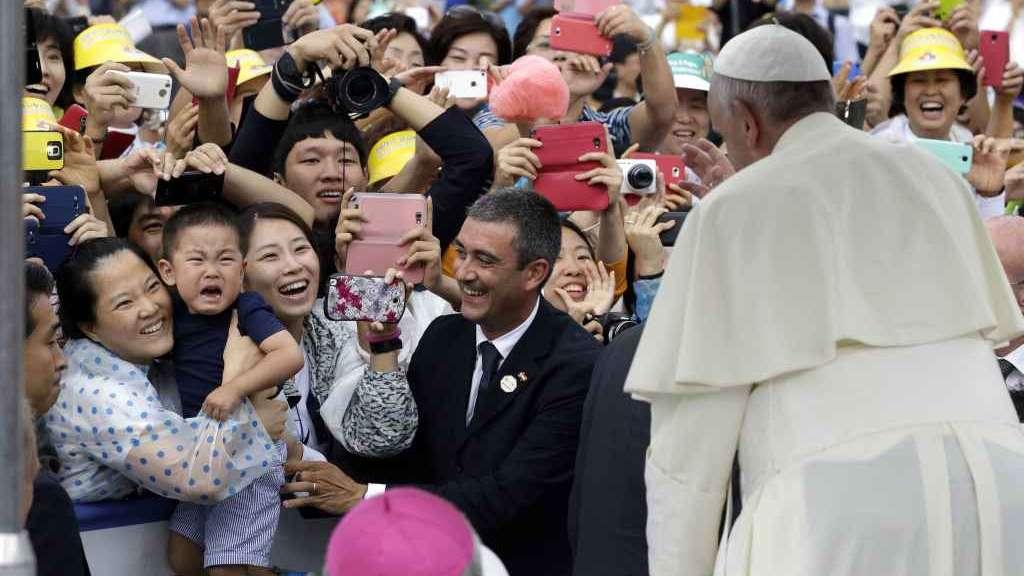 ( Un'immagine del viaggio del Pontefice in Corea).