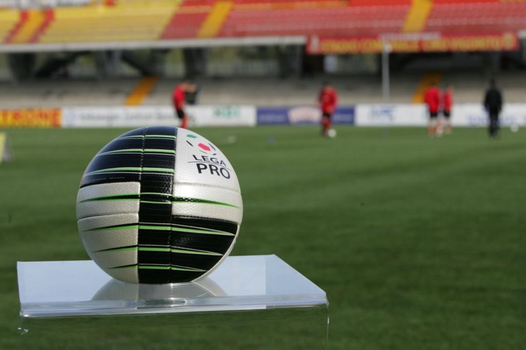 """( Analisi dell'ultima giornata delle divisioni di Lega Pro con """"Focus lega Pro"""" / Sportitalia, ore 18.00)."""