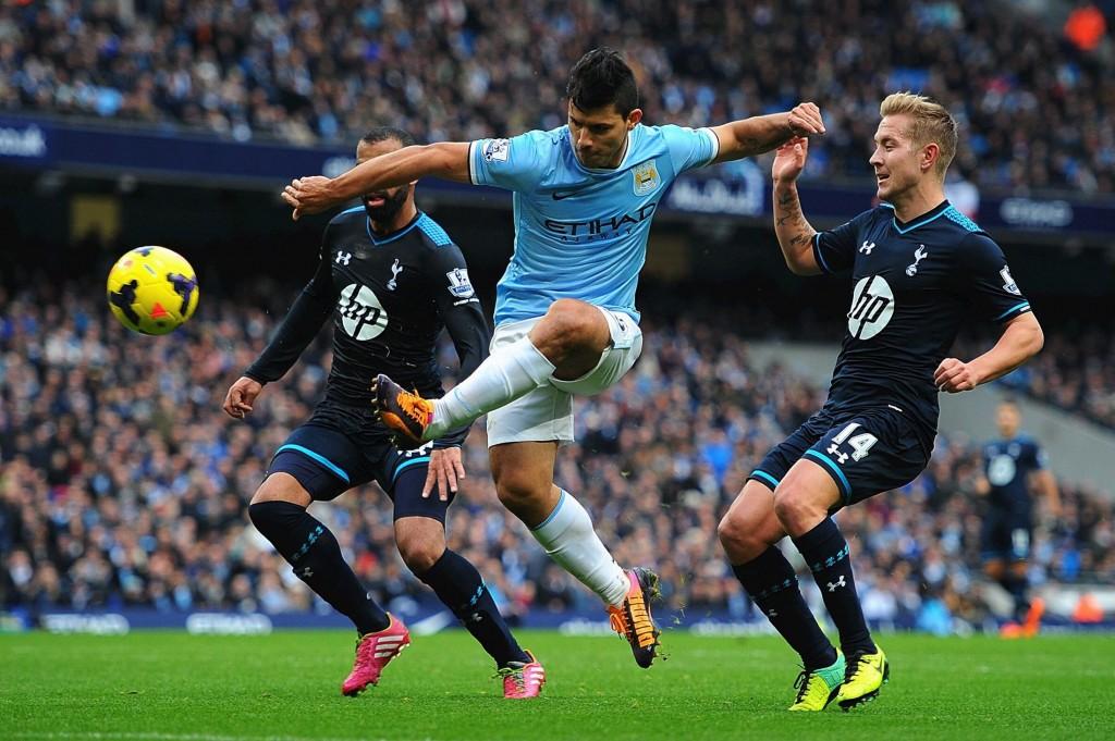 ( Match di cartello in Premier con l'incontro Manchester City-Tottenham, incontro terminato lo scorso anno con la vittoria dei padroni di casa con un roboante per 6-0/ Fox Sports ore 13.40).
