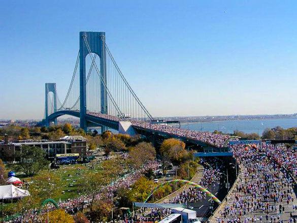 ( Una pittoresca immagine di unìedizione passata della Maratona di New York / Eurosport diretta dalle ore 15.30).