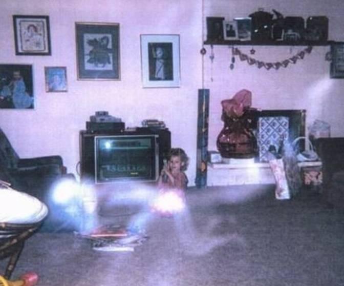 fantasmi-reali-o-meno-ecco-10-foto-da-brividi-1