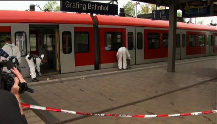 in-germania-un-17enne-ucciso-dalla-polizia-dopo-aver-ferito-a-colpi-di-accetta-4-persone-su-un-treno