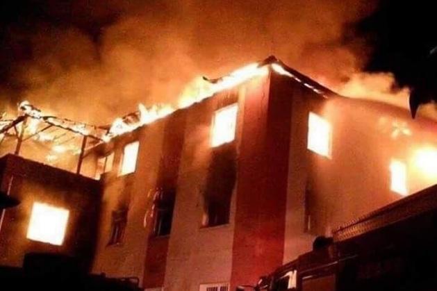 turchia-incendio-in-un-collegio-femminile-dodici-le-vittime-estratte-dalle-macerie-delledificio