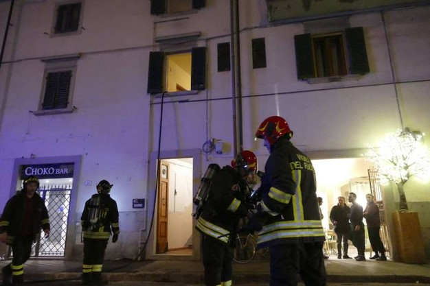 prato-incendio-in-appartamento-gravi-due-sorelle