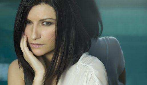 Struggente post di Laura Pausini su Facebook: l'artista ricorda la cuginetta, scomparsa pochi giorni fa