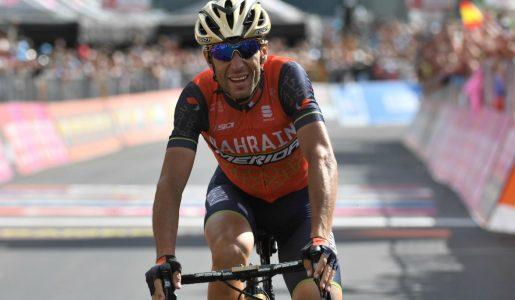 Giro d'Italia: Vincenzo Nibali trionfa sullo Stelvio ma Tom Dumoulin resta in maglia rosa